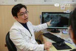 內視鏡經腋下微創手術治乳癌 切除重建一次完成